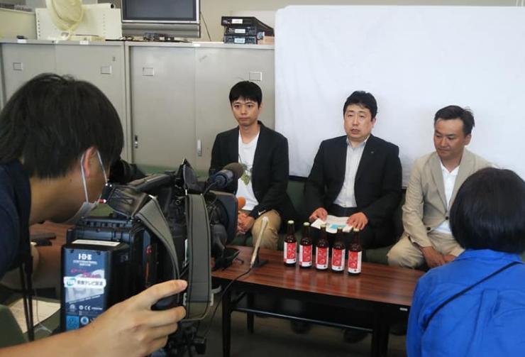 奈良県政記者クラブ様で「ならのあわ・すとろべりぃ」の発表を行いました。